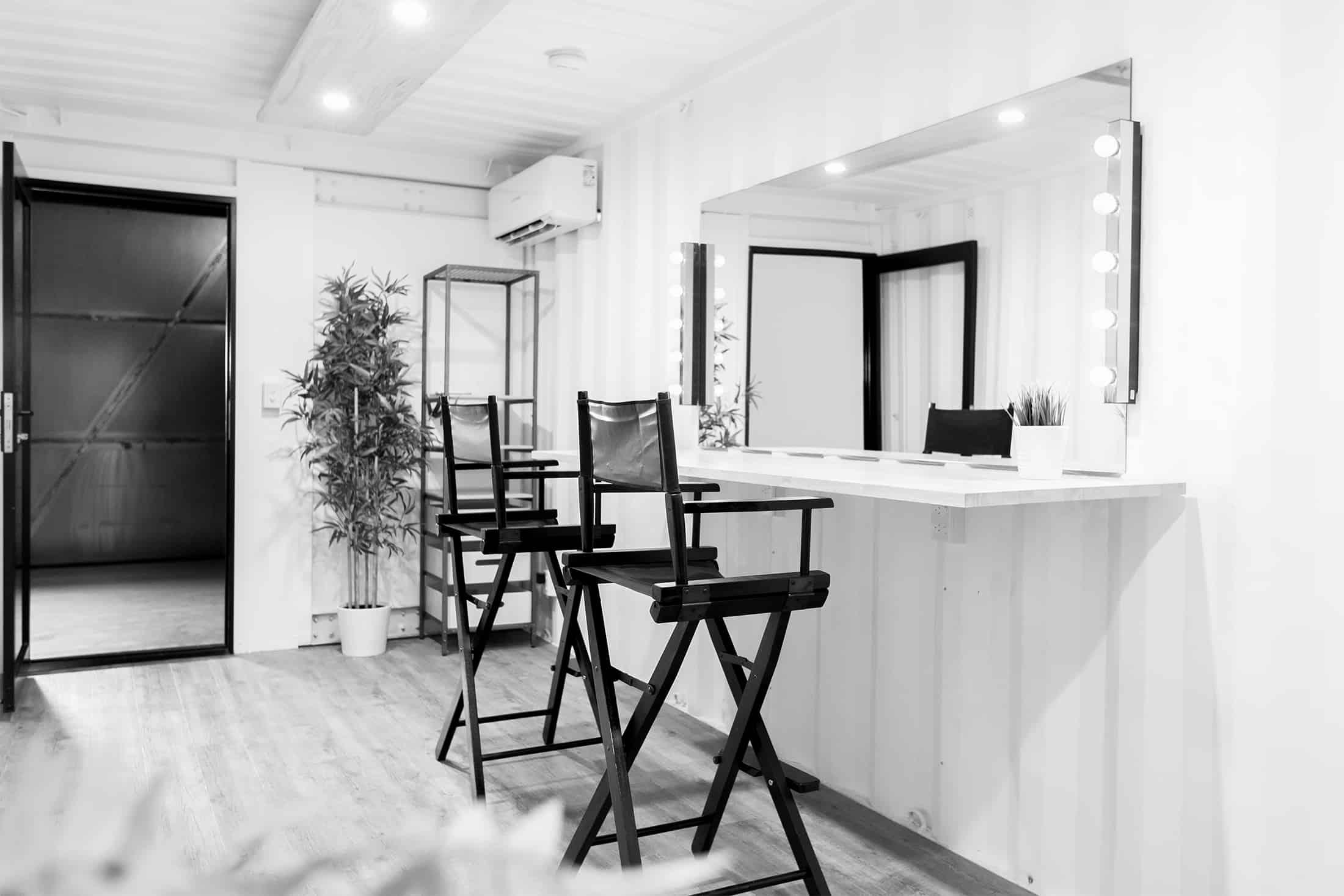 Gold_Coast_Studio_makeup_room